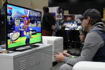 """<p class=""""caption"""">Im Gaming-Bereich konnten die neuesten Spiele ausprobiert werden.</p>"""