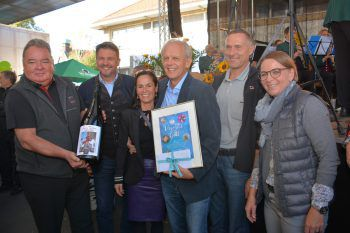 Kaspar Welti, Kurt und Beate Fischer, Johannes Grabher, Gebhard Hämmerle und Silvia Hagspiel-Eisenhofer.Fotos: Andrea Fritz-Pinggera