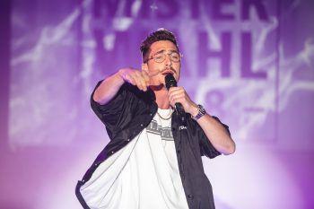 """<p class=""""caption"""">Marco entschied sich dafür, bei der Personality-Show zu rappen.</p>"""