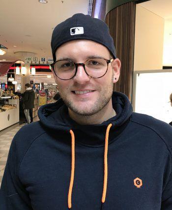 """<p>Mike, 27, Dornbirn: """"Es ist teilweise echt krass, was für Kommentare die Leute im Netz abgeben. Das erfordert schon ein strengeres Vorgehen und entsprechende Gesetze.""""</p>"""