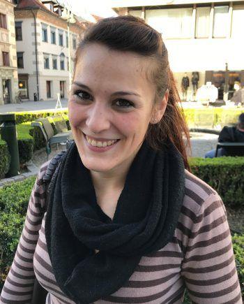 """<p>Renate, 27, Dornbirn: """"Ich finde, wir haben ein breites Angebot zum Shoppen und es gibt alles, was man so braucht. Am liebsten gehe ich in der Stadt shoppen, weil ich den Flair mag.""""</p>"""
