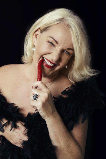 Scharf und äußerst amüsant ist das neue Programm von Sexpertin Barbara Balldini.