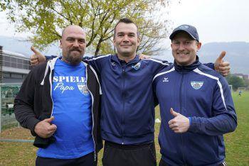 Trainer Jürgen (Mi.) und seine Co-Trainer.