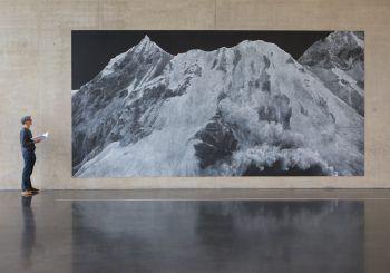 Über 600 Menschen besuchten vergangenen Freitag die Eröffnung von Tacita Dean im Kunsthaus Bregenz. Foto: Hartinger