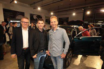 """<p class=""""caption"""">Versicherungsmarkler Reinhard und Simon Wachter, Andreas Vaschauner (W&W).</p>"""