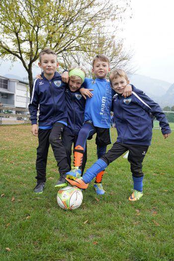 <p>Vier Ballkünstler des U8-Teams: Nick, Hannes, Samuel und Henri. Fotos: Sillaber</p>