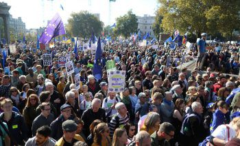 Zehntausende Menschen gingen gestern in London auf die Straße.Foto: APA