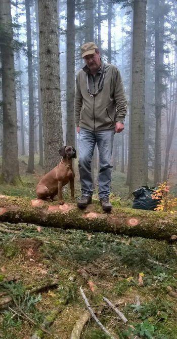 "<p class=""caption"">Alfons und seine Laika.</p>"