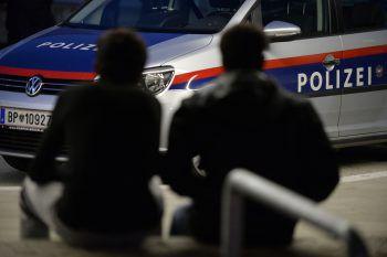 Die Polizei sucht nach Zeugen.Symbolfoto: AP