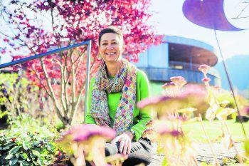 Die Unternehmerin Jutta Frick (47) aus Reuthe mag große Städte und die Natur. Sie ist im Bregenzerwald fest verwurzelt. Fotos: Sams