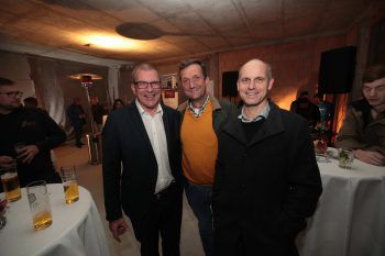 "<p class=""caption"">Dr. Rainer Welte (Anwalt), Markus Müller (47 Grad) und Roman Welte (Welte Treuhand).</p>"