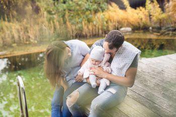 "<p class=""caption"">Großes Familienglück bei Luca und Judith.</p>"