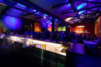 Das Warten hat ein Ende: Im stilvollen Ambiente des Kaschmir Club.Bar wird am Freitag wieder zu Hits der 80er- und 90er getanzt.Fotos: handout/Weissengruber&Partner Fotografie