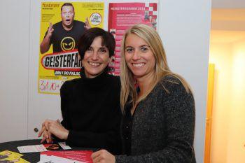 """<p class=""""caption"""">Karin Lorenz und Lara Gabriel.</p>"""