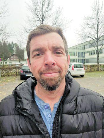 """<p>Klemens, 46, Bregenz: """"Zuerst würde ich mit meiner zukünftigen Frau in den Urlaub fahren. Ansonsten bin ich mit meinem Leben sehr zufrieden und würde nicht viel daran ändern. Einen Teil würde ich an das Tierheim spenden.""""</p>"""