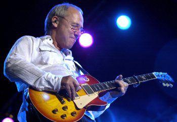 """Mark Knopfler wurde mit der Band """"Dire Straits"""" weltweit berühmt.Foto: AP"""