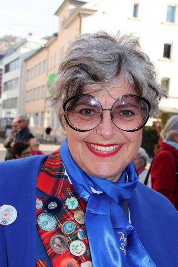 """Susanne Scharax, Prinzessin im Jahre 1994: """"Der Bregenzer Fasching steht ganz im Zeichen der Kinder. Es ist immer wieder schön zu sehen, wie sehr sich die Kinder etwa beim Ore-Ore-Kinderball oder beim Fest der 1000 Krapfen in tolle Mäschgerle verwandeln. Dem neuen Prinzenpaar wünsche ich so viele schöne Erlebnisse, wie wir sie damals erleben durften."""""""