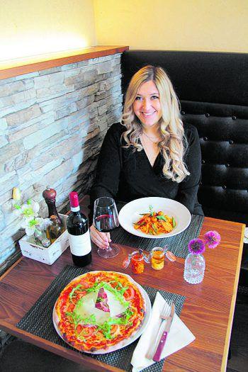 """<p class=""""title"""">               Tamborino             </p><p>Das Ristorante Tamborino am Garnmarkt lässt mit seinen beiden Weinkellern das Herz jedes Weinliebhabers höher schlagen. Für mich ist es eines der besten italienischen Lokale in Vorarlberg. Ob hausgemachte Pasta, typisch italienische Pizza, saisonal abgestimmte Menüs oder weitere italienische Köstlichkeiten, man fühlt sich, als wäre man in Bella Italia. Sehr zu empfehlen sind die Tagliatelle mit Lachs und Spargel. Wer sich gerne mal einen Grappa gönnt, kann sich aus der Grappa-Karte ein gutes Tröpfchen aussuchen.</p>"""