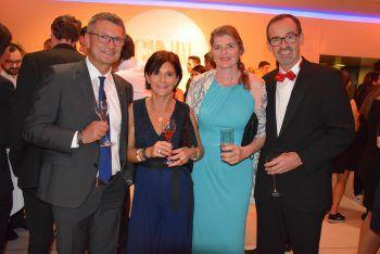 "<p class=""caption"">Thomas Wachter mit Astrid, Christoph und Melitta Hinteregger.</p>"