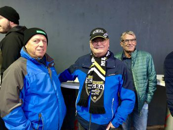"<p class=""caption"">Treue Fans: Cebi, Peter und Hubert.</p>"