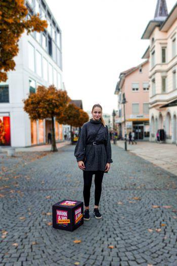 Während der kälteren Jahreszeit hält sich Schülerin Francesca aus Dornbirn am liebsten mit Strick warm.Fotos: handout/Drexel