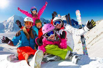 """<p class=""""title"""">Ski Opening mit Josh und Support</p><p>Am Samstag, ab 14 Uhr, gastiert Josh. und """"Zug nach Wien"""" beim Ski Opening in Warth, bei der Steffisalp. Der Eintritt ist frei.</p>"""