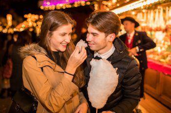 Der Bregenzer Weihnachtsmarkt verzaubert mit Köstlichkeiten, Süßem und Selbstgemachtem.