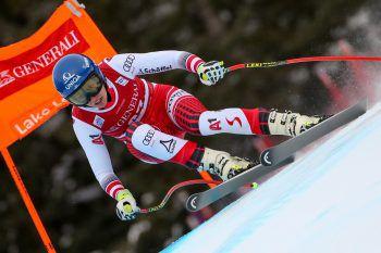 Die sympathische Skirennläuferin stürzte am Sonntag beim Super-G in Lake Louise.Fotos: GEPA