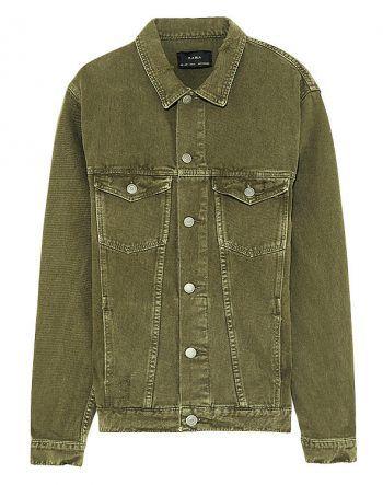 """<p class=""""caption"""">Diese grüne Jacke ist bei jedem Outfit ein Statement-Piece. Gesehen bei Zara um 49,95 Euro.</p>"""