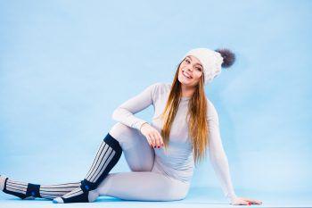 SkiunterwäscheAltbacken? Auf keinen Fall! Wen es im Winter nach Draußen zieht, der darf auf eine wärmende erste Schicht nicht verzichten. Coole Styles, moderne Schnitte und trendy Farben machen den Look salonfähig.