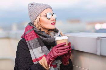 """<p class=""""title"""">Handschuhe</p><p>Hochwertige Handschuhe aus Leder halten auch bei den tiefsten Minusgraden warm. Ein tolles Geschenk und in den Vorarlberger Fachgeschäften zu haben!</p>"""
