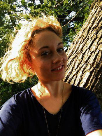 Lisa Diepold – Startnummer 2Alter: 22 JahreWohnort: Röthis (A)Ausbildung: GrafikerinHobbys: Rodeln, LanglaufenTalent: Tanzen (Latein und Standard)