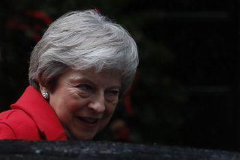 Theresa May ist mit großem Widerstand konfrontiert. Foto: AP