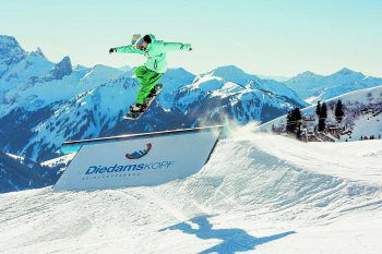 Das Skigebiet Diedamskopf bietet höchst aufregende Abwechslung für Wintersportler.