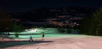 Der Nachtskilauf ist ein ganz besonderes Erlebnis auf Tschardund. Foto: handout