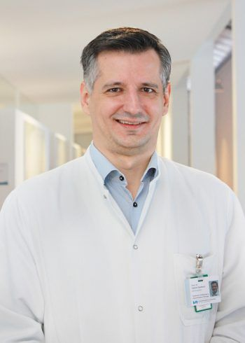 Dr. Gabriel Djedovic