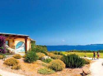 """<p class=""""caption"""">Sardinien lockt mit unvergleichlichem Flair und wunderbarer Natur.</p>"""
