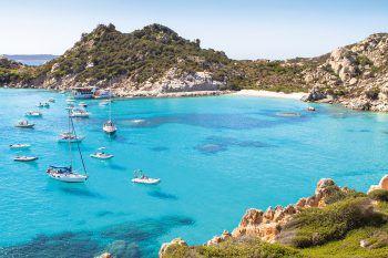 Traumhaften Strände laden auf der beliebten italienischen Mittelmeerinsel zum Entspannen ein.Fotos: handout/High Life Reisen