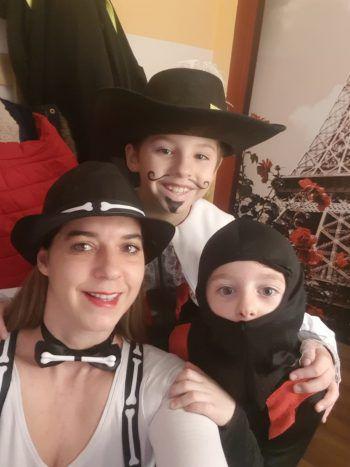 Clarissa mit ihren Söhnen Leon und Felix.Fotos: Privat