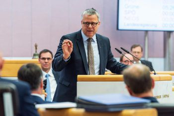 Für VP-Klubobmann Roland Frühstück muss die Sicherheit der Mitarbeiter an erster Stelle stehen.Foto: Stiplovsek