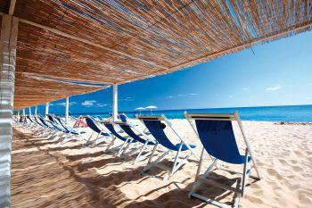 <p>               Flamingo****             </p><p>Ein gemütliches Hotel mit Top Preis-/Leistungsverhältnis im schönen Süden der Insel direkt am Sandstrand. Eine Woche inklusive Flug, Flughafenparkplatz, Doppelzimmer, Halbpension, zum Beispiel am 18. oder 25. Mai ab 999 Euro pro Person.</p>