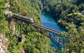 Eine atemberaubende Fahrt mit der Centovalli-Bahn führt duch die wunderbare Landschaft des Lago Maggiore. Fotos:handout/Weiss Reisen