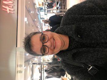 """<p>Jutta, 54: """"Ich finde, der Funken ist eine Tradition und das mag ich gern. Andere Aktivitäten verschmutzen unsere Umwelt viel mehr, als ein Funken. Einmal im Jahr ist das ja nicht schlimm.""""</p>"""