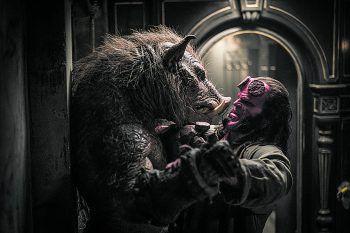 Haben eine alte Rechnung zu begleichen – der Gruagach (Douglas Tait) und Hellboy (David Harbour). Hellboy läuft seit Donnerstag in den Kinos.Foto: 2018 Universum Film