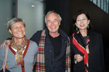 """<p class=""""caption"""">KUB-Freunde Nicola und Pius Schlachter mit Margareta Eberle.</p>"""