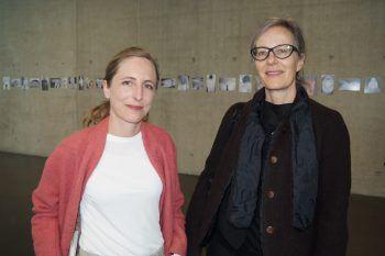 "<p class=""caption"">Lisa Hann und Marianne Burki (Pro Helvetia).</p>"