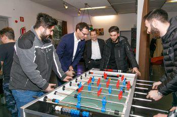 Rund 2,45 Million Euro werden an Jugendeinrichtungen und den Dachverband ausbezahlt.Foto: VLK