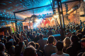 <p>Backwood Festival</p><p>Vorarlbergs erstes Hip Hop Festival geht in die zweite Runde: Am Freitag und Samstag steht im Conrad Sohm, ab 20 Uhr, der Hip Hop im Vordergrund.</p>
