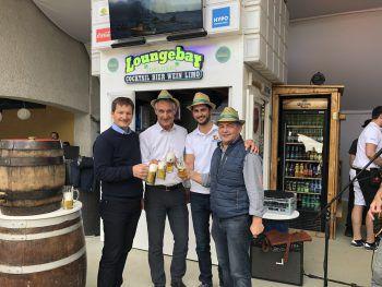 Heinz Huber, Markus Linhart, Stefan Köb und Martin Berthold beim Saisonstart der Hypo BeachBar in Bregenz.