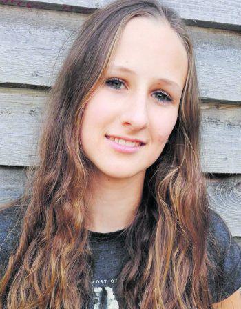 """<p>Miriam, 20, Sulzberg Thal: """"Ich werde auf jeden Fall wählen gehen, da es die beste Möglichkeit ist, um am politischen Geschehen teilzuhaben. Außerdem kann ich mit meiner Stimme ein Zeichen dafür setzen, dass mir ein starkes, geeintes Europa wichtig ist.""""</p>"""